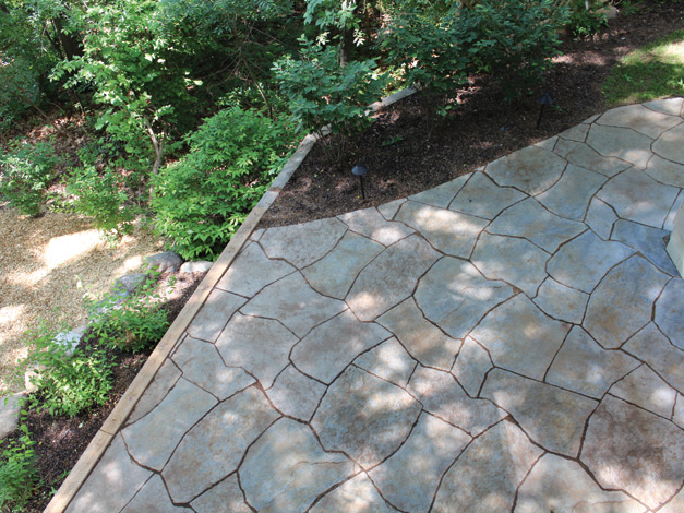 Rosetta Grand Flagstone Patio